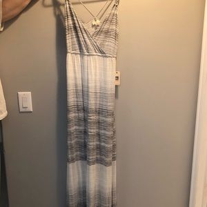 BRAND NEW quicksilver maxi dress